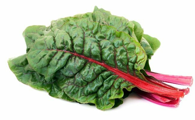 Thực phẩm giàu vitamin E - Rau cải Thụy Sĩ